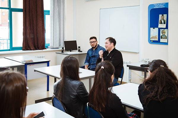 Дильмурат Бахаров - «День профессий» в школе «Мирас»