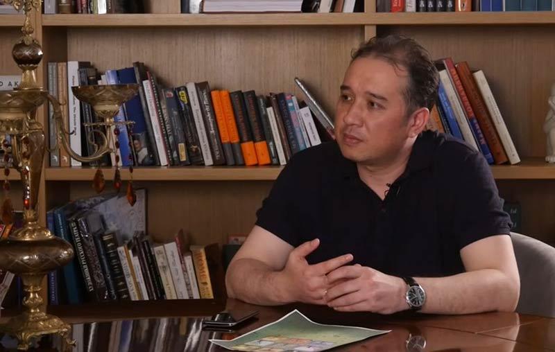 """Дильмурат Бахаров в программе """"Искусство интервью"""""""